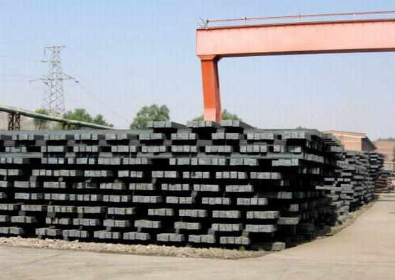 """黑色金属""""人来疯"""":周末钢坯价格超预期大涨13%"""