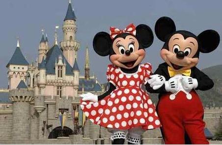 内地游客大幅减少 当地最大雇主香港迪士尼乐园裁员节流