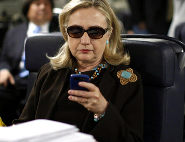 "FBI""狙击""希拉里,招来奥巴马带头抨击"