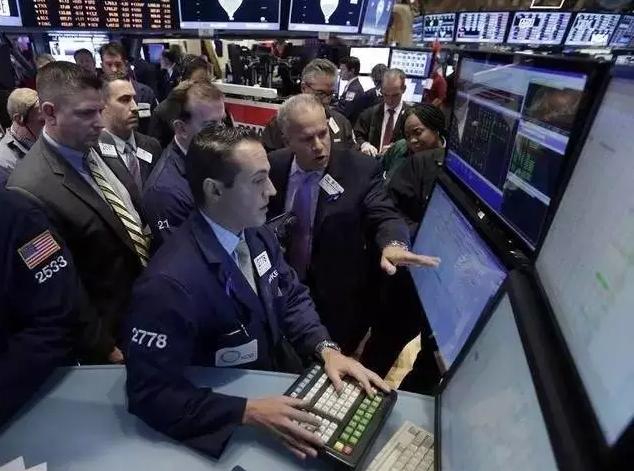 高盛为什么强调自己是一家技术公司?它还要用机器全面取代股票交易员!